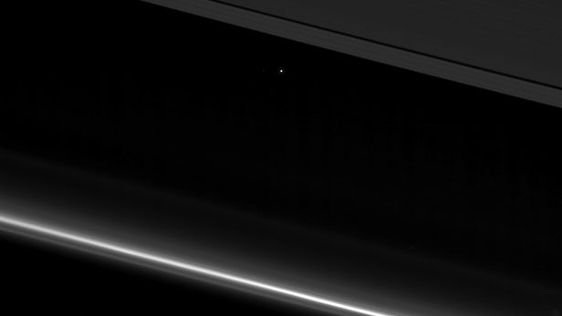 earth-from-saturn-2